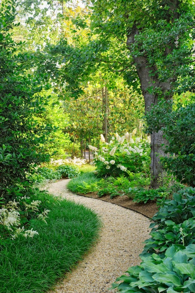This image has an empty alt attribute; its file name is creative-ideas-for-a-charming-garden-path-11-1.jpg